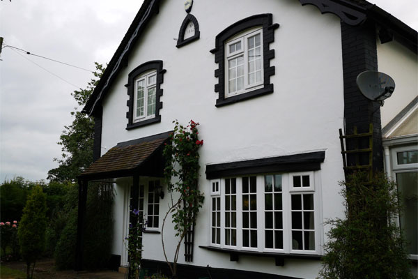 House converted from old pub